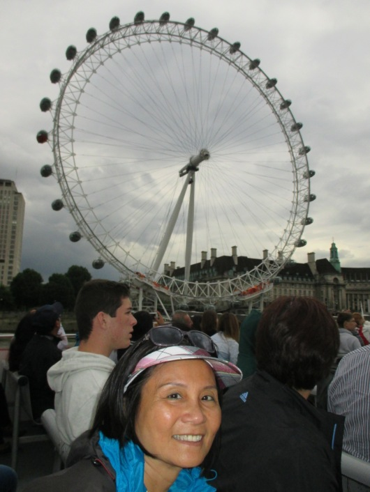 London Eye. One revolution takes 30 min. Popular proposal place, but awkward ride down if proposal rejected.