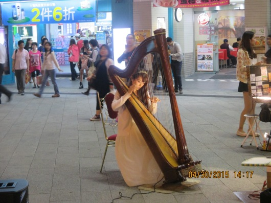 Street artists (painters, musicians) often perform on the block of streets closed to traffic.