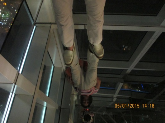 A corner of the floor is made of glass, so you can see through 91 floors to the ground.